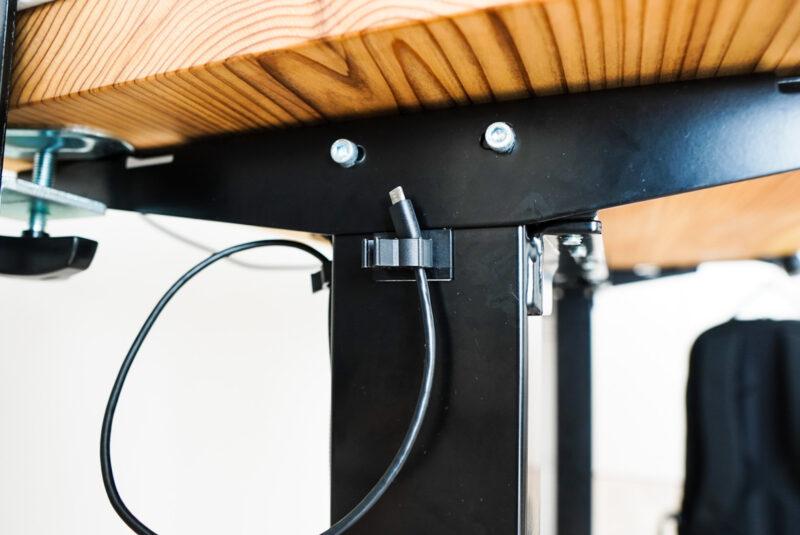 bose-soundlink-revolveの充電ケーブル